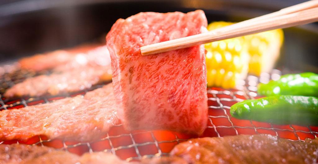 Roston sült húsok ízei